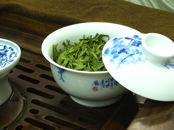 Gaiwan tea cup