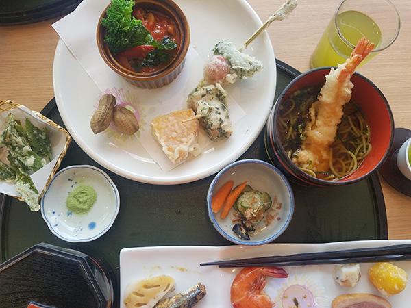 tea museum lunch